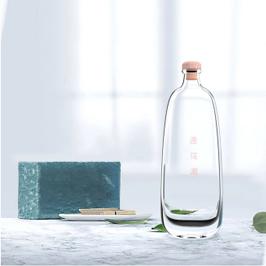 遇花浓果酒瓶型设计