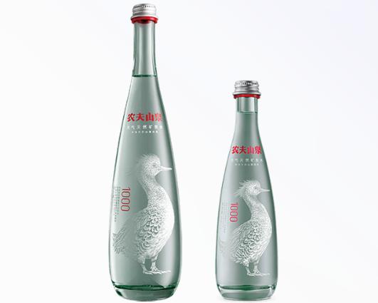 农夫山泉天然水瓶型设计理念分析